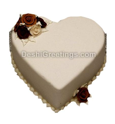 Vanilla Heart Cake 2 LB
